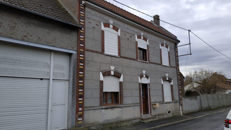 Travaux de rénovation d'un corps de ferme à Izel-lès-Equerchin