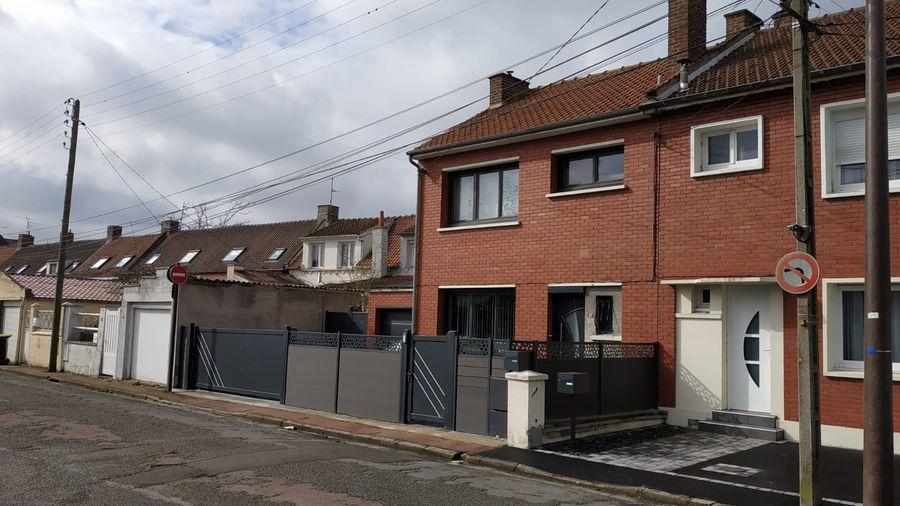 Travaux de rénovation d'une maison à Montigny en Gohelle pour une extension en clos couvert