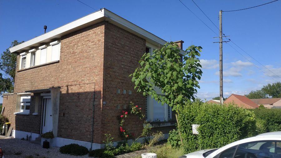 Travaux de rénovation dans cette maison à Merville